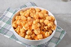 Popcorn τυριών καραμέλας Στοκ φωτογραφία με δικαίωμα ελεύθερης χρήσης