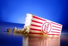 Popcorn bij de Films Stock Afbeeldingen