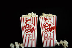 Popcorn boxt voll Lizenzfreie Stockfotos