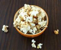 Popcorn del caramello Fotografie Stock Libere da Diritti