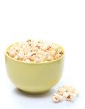 Popcorn in der Schüssel Lizenzfreies Stockfoto