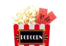 Popcorn e biglietti fotografia stock libera da diritti