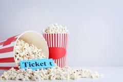 Popcorn in emmers Royalty-vrije Stock Afbeeldingen