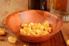 Popcorn en bier Stock Foto's