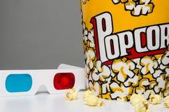 Popcorn en 3D glazen Royalty-vrije Stock Foto's