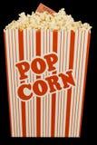 Popcorn en Filmkaartje op Zwarte wordt geïsoleerd die Stock Foto's