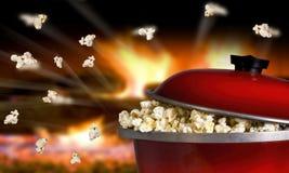 Popcorn het Vliegen Stock Fotografie