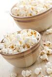 Popcorn in kom royalty-vrije stock foto's