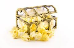 Popcorn in treasure box Royalty Free Stock Photography