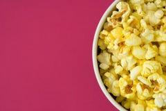 Popcorn in un pacchetto Immagini Stock