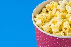 Popcorn in un pacchetto Immagine Stock