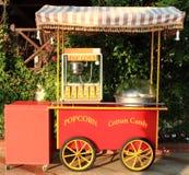 Popcorn- und Zuckerwattehersteller Stockfoto