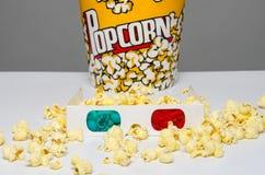 Popcornemmer en 3d glazen Royalty-vrije Stock Fotografie
