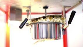 Popcornmaskinfungerings stock video