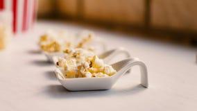 Popcornprövkopior arkivbild