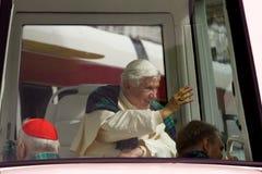 pope дня benedict первый к посещению xvi Великобритании Стоковые Изображения