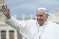 Pope Francis błogosławi wiernego