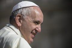 Pope Francis podczas tygodniowej ceremonii w watykanie fotografia royalty free