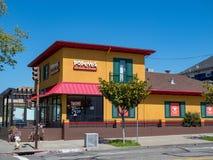 Popeyes snabbmatrestaurang i Berkeley, Kalifornien arkivbild