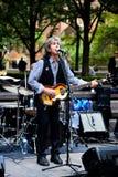 Popgroep het spelen in het Festival van de straatmuziek in New York royalty-vrije stock fotografie