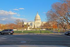 Popiera Stany Zjednoczone Capitol budynek od centrum handlowego obrazy stock