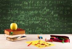 Popiera szkoły blackboard z liczbami Obraz Stock