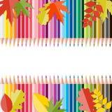 Popiera szkoły tło z liśćmi i ołówkami Zdjęcia Royalty Free