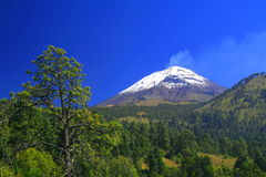 Popocatepetl volcano Royalty Free Stock Images