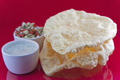 Poppadoms with onion salad and Mint Raita Royalty Free Stock Photos