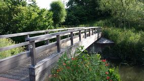 Poppy Bridge, parc Milton Keynes de vallée d'Ouse Images stock