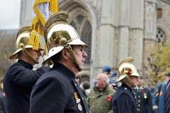Poppy Parade die 100 jaar van Wereldoorlog I in Ypres herdenken Stock Fotografie