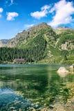 Poprad jezioro w Wysokich Tatras górach, Sistani Zdjęcie Stock