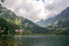 Popradske Pleso halny jezioro, Sistani zdjęcia stock