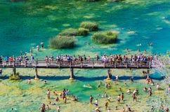 Populär Krka nationalpark under upptagen sommarferie i Kroatien 25 08 2016 Royaltyfri Foto