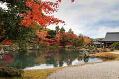 Populär Tenryuji tempel, Kyoto, Japan royaltyfri bild