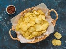 Populair Amerikaans snel voedsel, biersnack Golf chips royalty-vrije stock fotografie