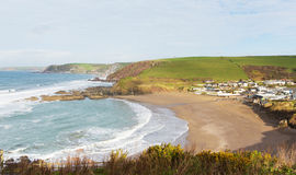 Populaire britannique du sud de Devon England de plage de Challaborough pour surfer près de l'île et de la Bigbury-sur-mer de Bur Images libres de droits