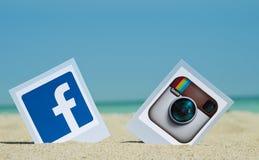 Populaire sociale media pictogrammen stock foto's
