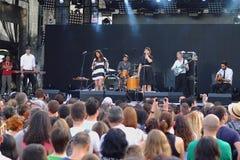 populal法国项目中篇小说Vaguesinger音乐会在Francofolies节日的在布拉戈耶夫格勒,保加利亚 18 06 2016年 免版税库存照片