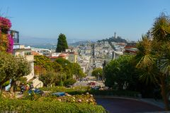 Popular touristic landmark Lombard street at sunny day time. San Francisco, USA - September 10, 2018: Popular touristic landmark Lombard street at sunny day time stock photos