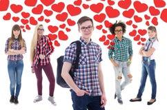 Popularna chłopiec w szkole - portret przystojny nastoletni chłopak z gi fotografia stock