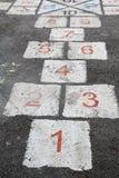 Populäre Straßenspiel Hopse Stockfotografie