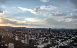 Por do sol aéreo do distrito de Polanco em Cidade do México imagem de stock royalty free