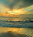 Por do sol abstrato Fotografia de Stock