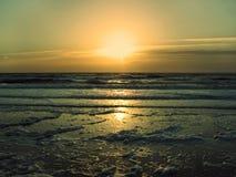 Por do sol alaranjado 2 Imagem de Stock