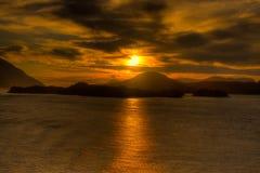 Por do sol Alaska de HDR dentro da passagem 2 Fotografia de Stock Royalty Free