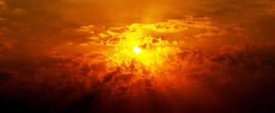 Por do sol amarelo Imagens de Stock Royalty Free