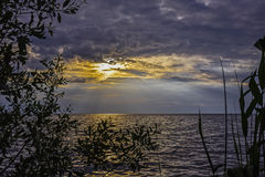 Por do sol antes da tempestade Imagem de Stock Royalty Free