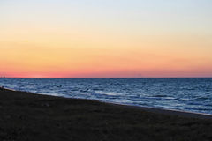 Por do sol ao longo da praia bonita do Lago Michigan Imagens de Stock Royalty Free
