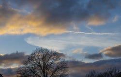 Por do sol atrasado do inverno imagem de stock royalty free